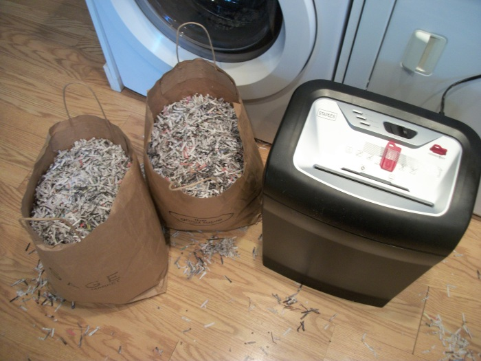 Worms, paper shredding