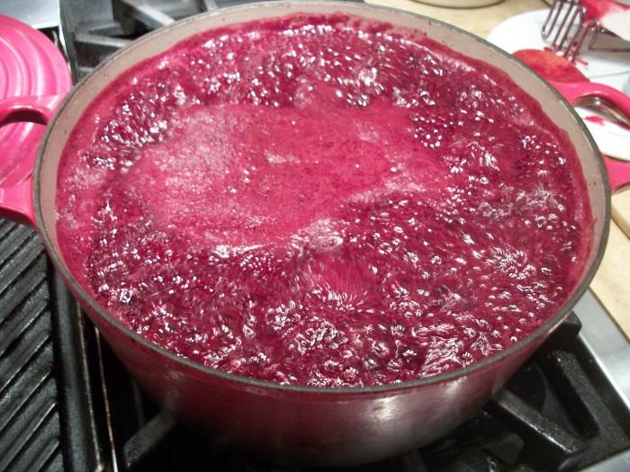 Blackberries cooking 2