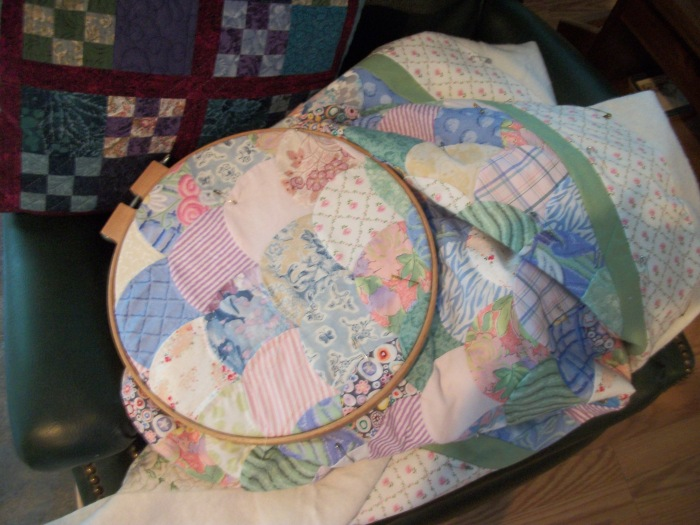 Clam Shell Hand Quilting