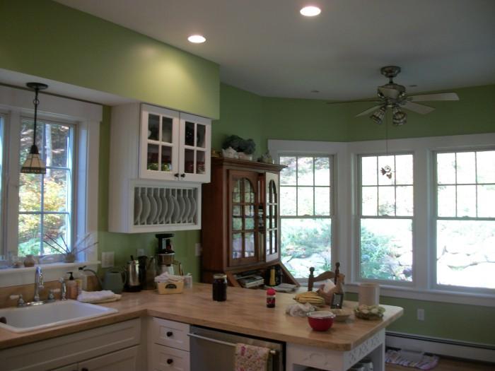 Turkey tracks my green kitchen louisa enright 39 s blog for White kitchen cabinets turning yellow