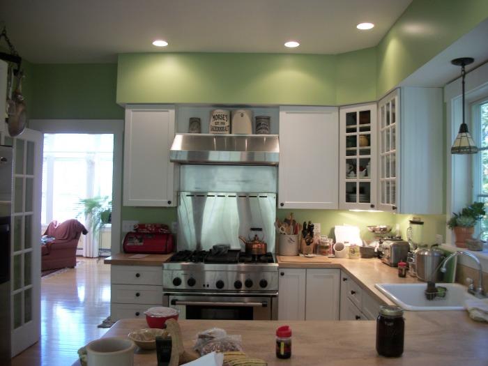 Green kitchen 4