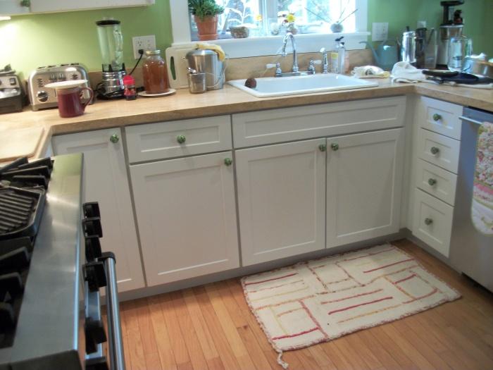 Green Kitchen Door Knobs 2