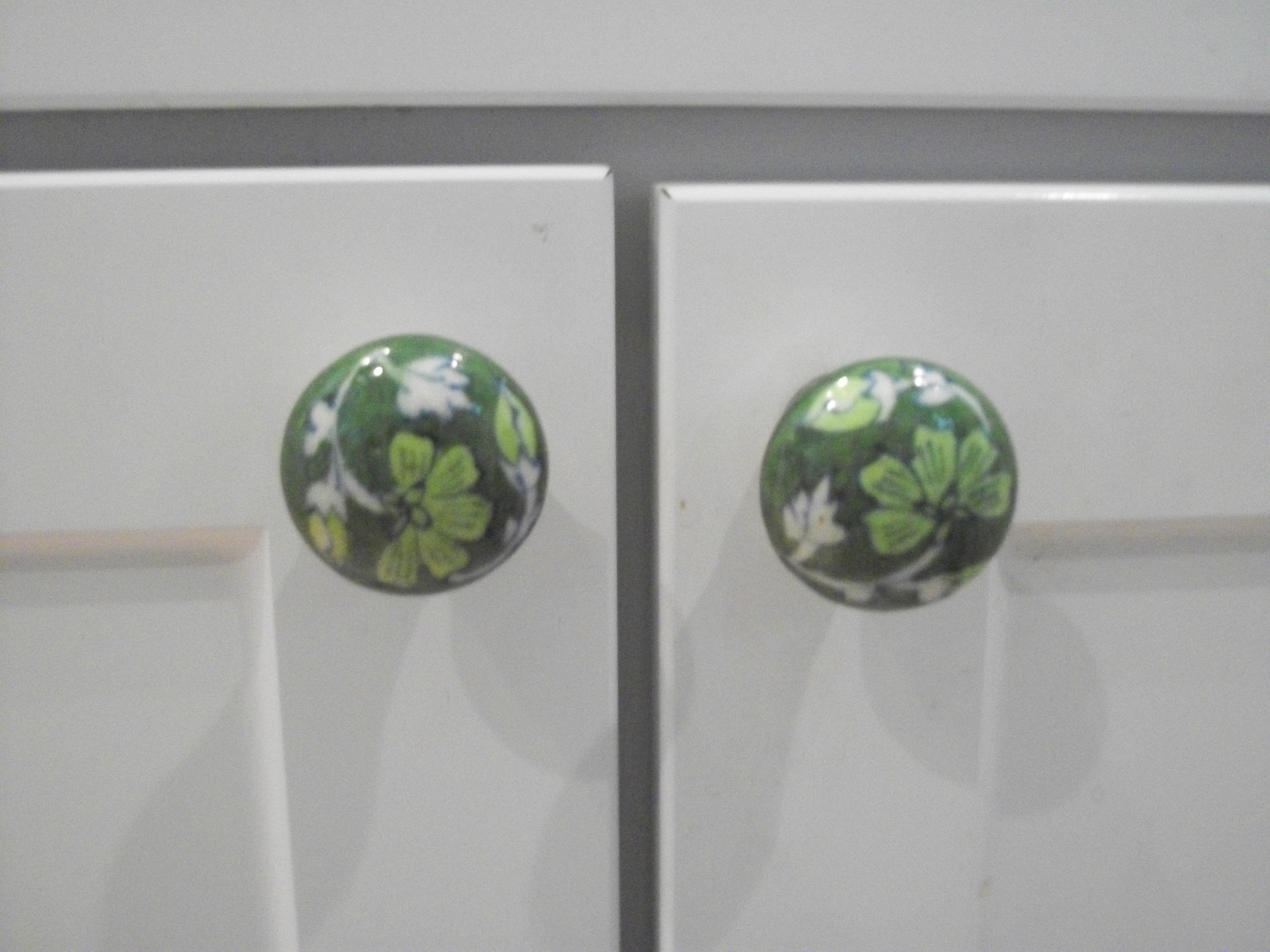 Superieur Green Kitchen Door Knobs