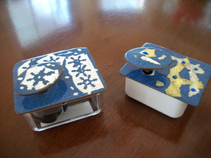 Stell Shevis  music boxes